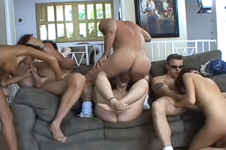 Our 5 girls are back for part 2, and will suck more and more cocks in this gourmet orgy!