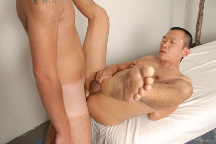 Gay Asian White Porn 16