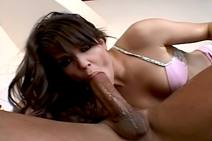 Bobbi Star has the biggest ass and the strongest appetite for throatbanging. See her in action!