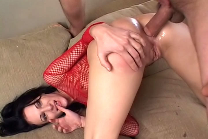 Victoria Sin loves getting hit in the sphincter and having lot of cum on her face!