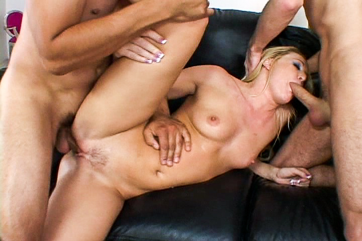 Hot blonde milf in threesome...